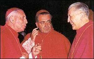 De kardinalen-moderatoren, waaronder Kardinaal Suenens, van het Concilie